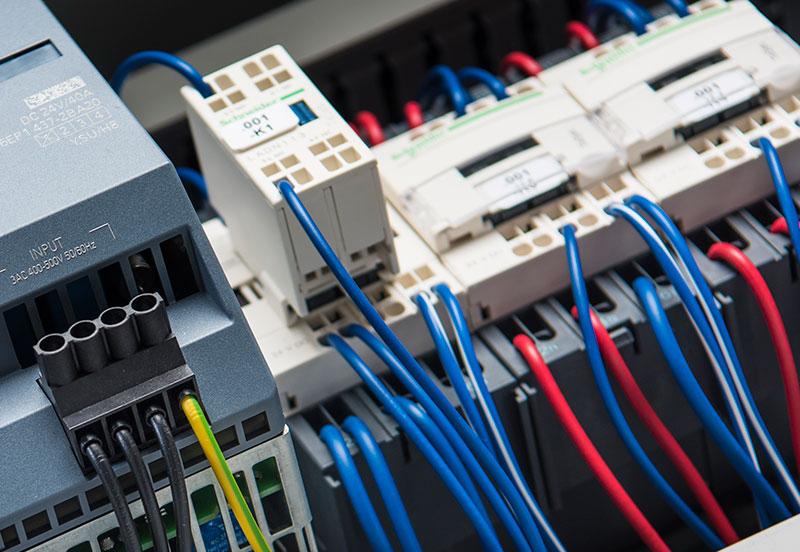 Aus alt mach neu – so funktioniert Retrofit von Weigert Elektronik