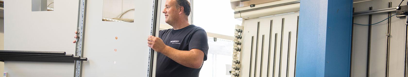 Schaltanlagenbau – alles aus einer Hand von Weigert Elektronik